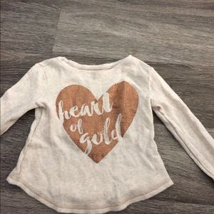 Old Navy oatmeal  Thermal Tee  heart of Gold Sz 3T